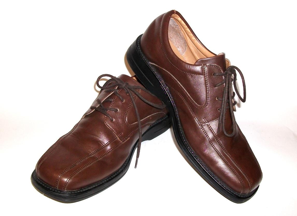 Новые поступления обуви и одежды
